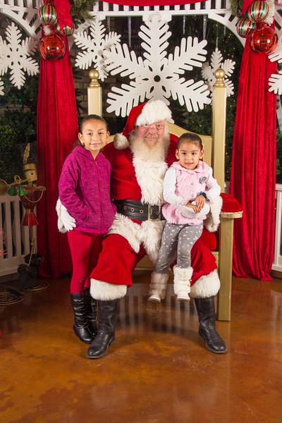 Santa 12-16-17-141.jpg