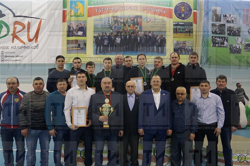 автор: Вакиф Закиев