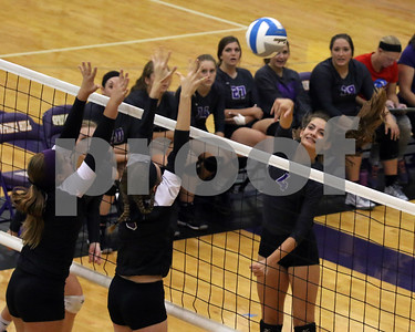 LHS Volleyball at Spring Hill
