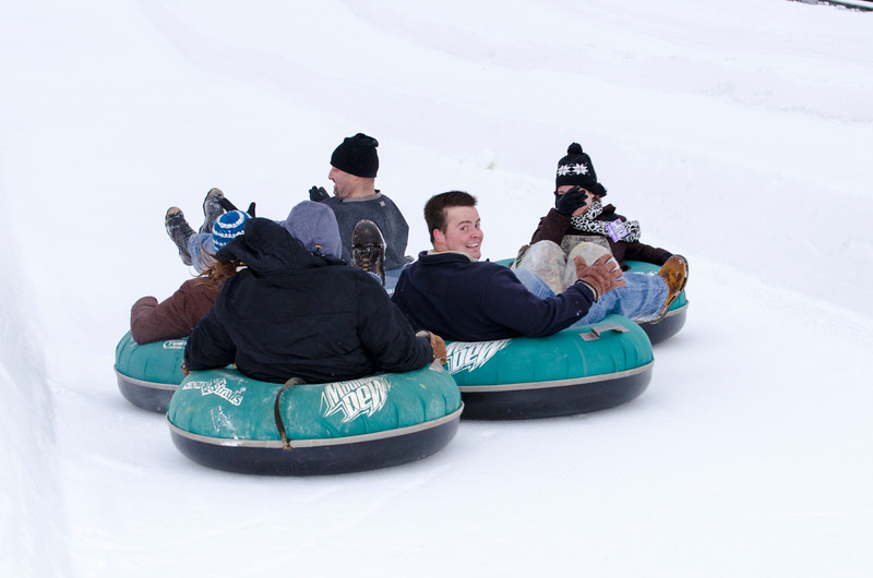 Opening-Day-Tubing-2014_Snow-Trails-70955.jpg