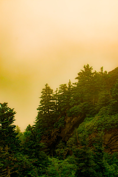 GRANDFATHER MOUNTAIN HAZE, NORTH CAROLINA 2016
