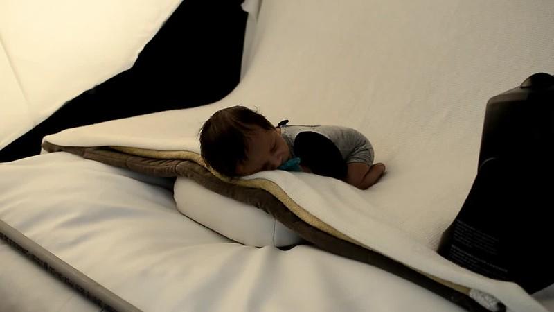 Secrets Under the Blanket - Froggy.mov