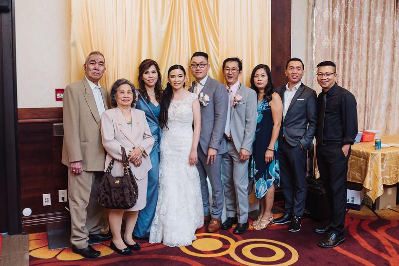 2018-09-15 Dorcas & Dennis Wedding Web-1012.jpg