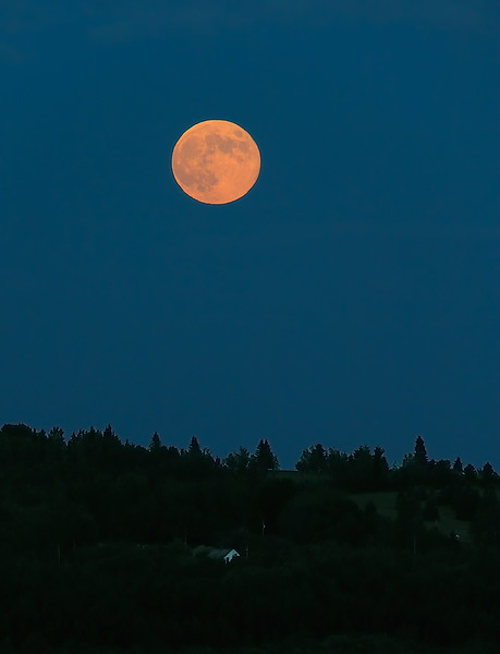 Mainelake2012MOON.jpg