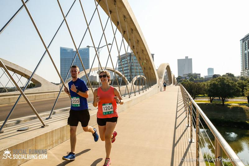 Fort Worth-Social Running_917-0301.jpg