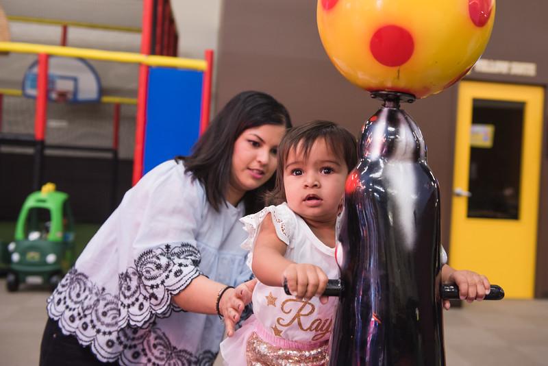 Raynaa 1 year old party-76.jpg