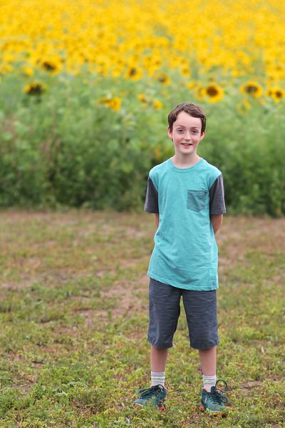 FamilySunflowers_ 183.jpg