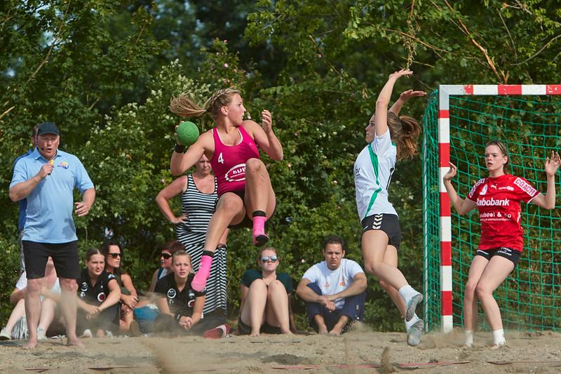 Molecaten NK Beach Handball 2015 dag 2 img 034.jpg