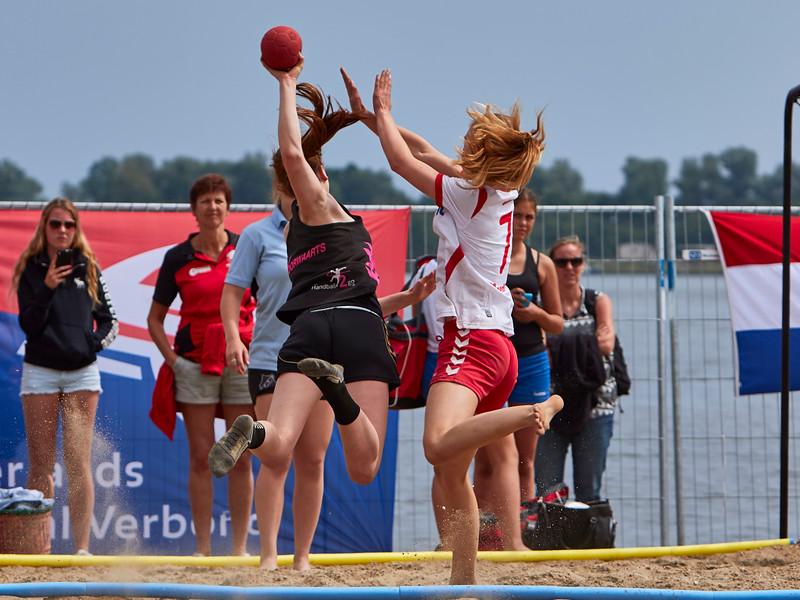 Molecaten NK Beach Handball 2015 dag 2 img 710.jpg