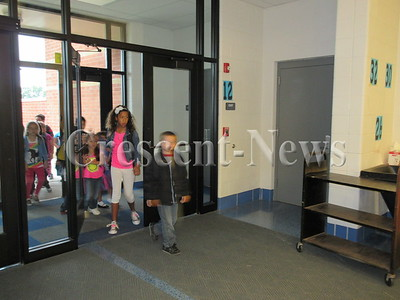 08-26-15 NEWS first day of school