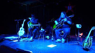 Earl Kayoss at at 89 North Music Venue 07.26.13 Video
