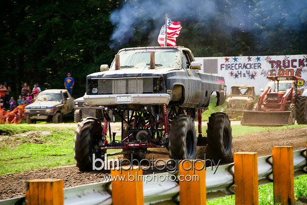 FAST TRACK - Sunday 8.10.14 - Trucks Gone Wild at Barnyard All Terrain