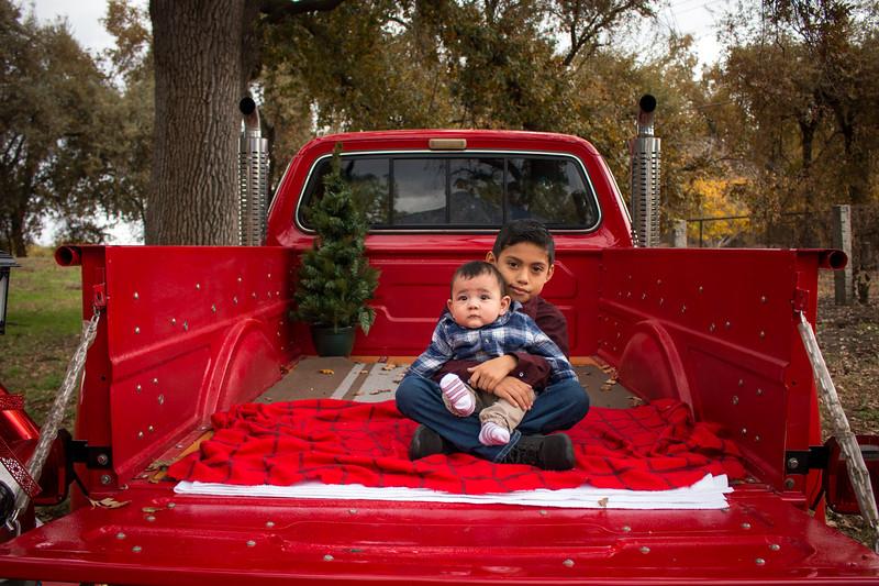 Christmas Camarena-2068.jpg