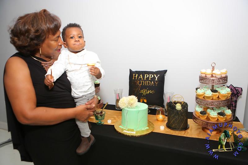 MAXINE GREAVES BIRTHDAY DINNER CELEBRATION 2020R-2699.jpg