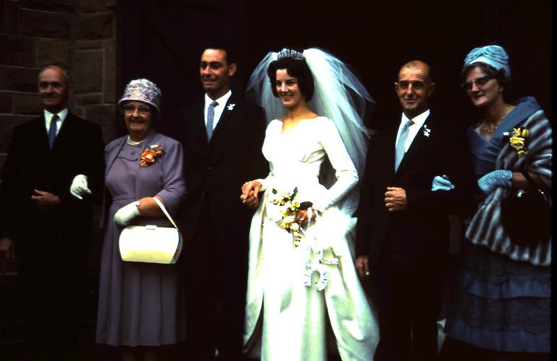 1962-3-3 (7) Val & Ross wedding.JPG
