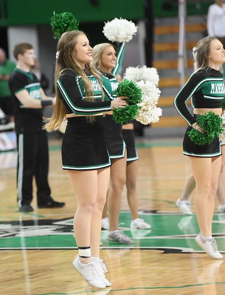 cheerleaders0913.jpg