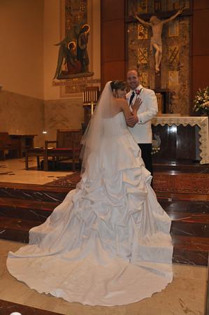 Katie & Mike Lipps'  Wedding