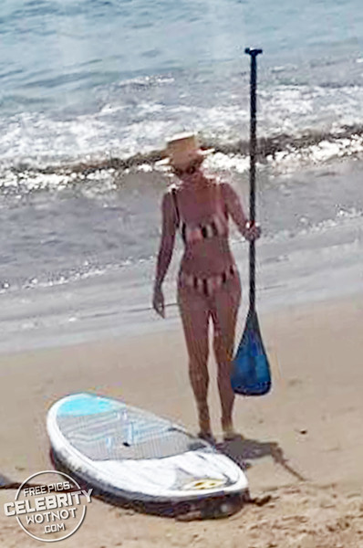 EXCLUSIVE: Katy Perry In Bikini With Orlando Bloom Paddleboarding!