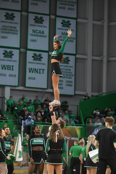 cheerleaders3760.jpg