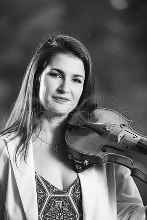 Naiara, Violinist