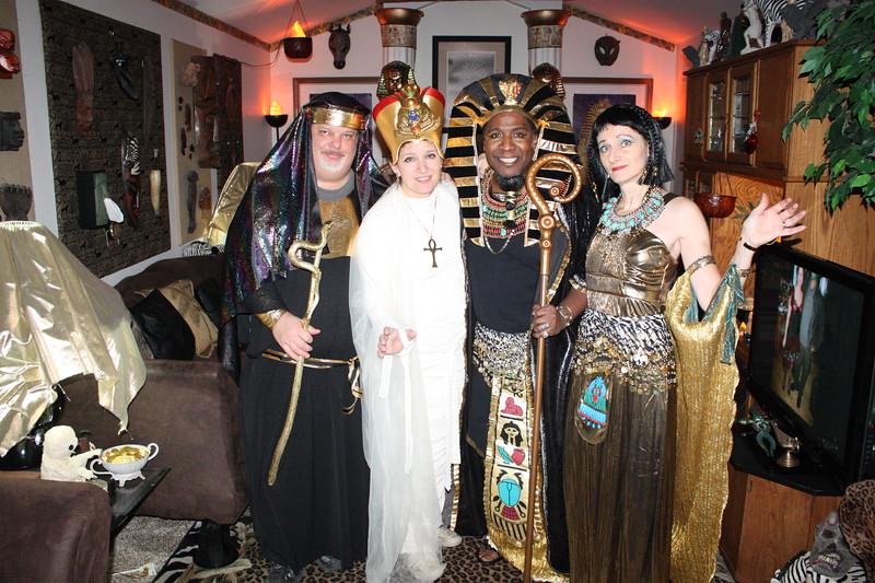 20111106  Mysterious Masquerade 062.JPG