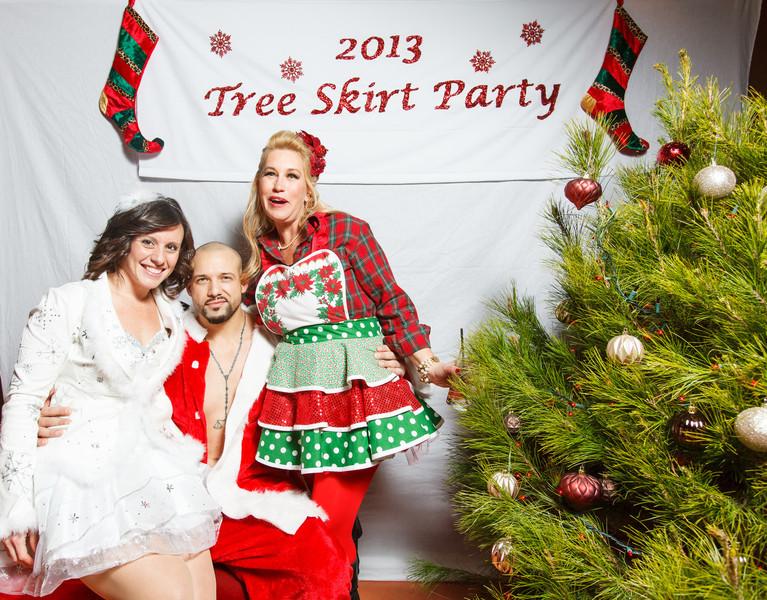 TreeSkirt2013-073.jpg