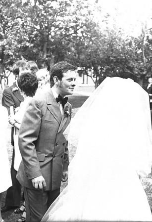 Les Bothwell's Wedding