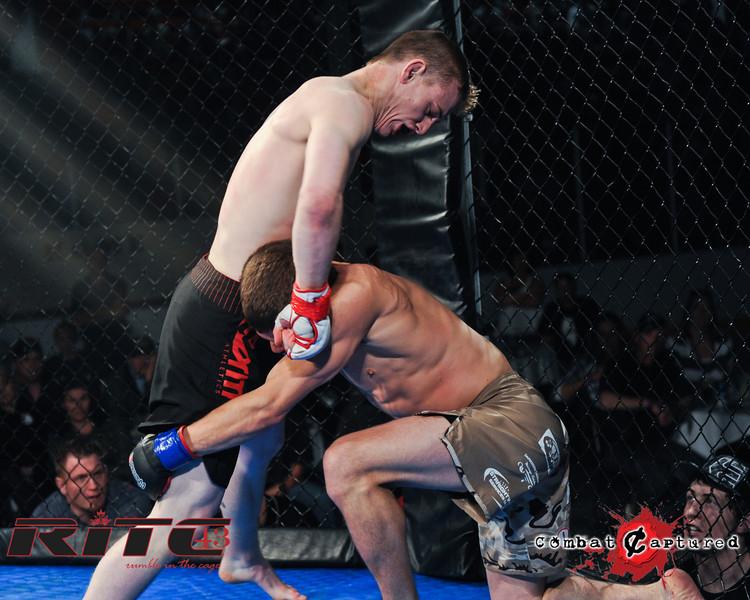 RITC43 B05 - TJ Penner def Brendan Blacquier_combatcaptured-0017.jpg