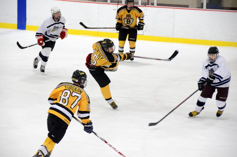 141004 Jr. Bruins vs. Boston Bulldogs-146.JPG