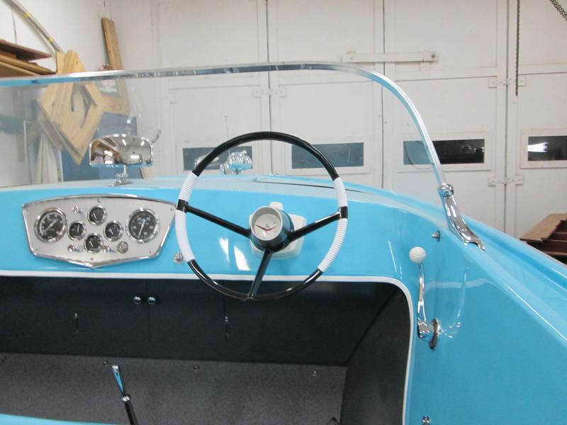 Rebuilt steering wheel installed.