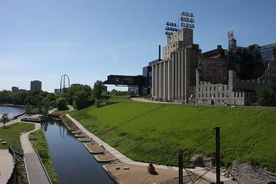 Minneapolis MN. Down Town walking tour