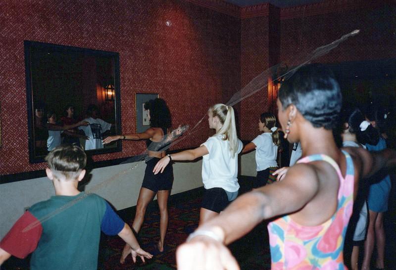 Dance_0424_a.jpg