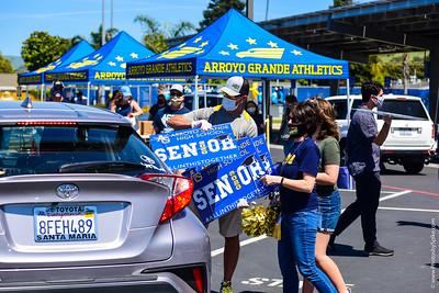 Senior 2020 Banner Day