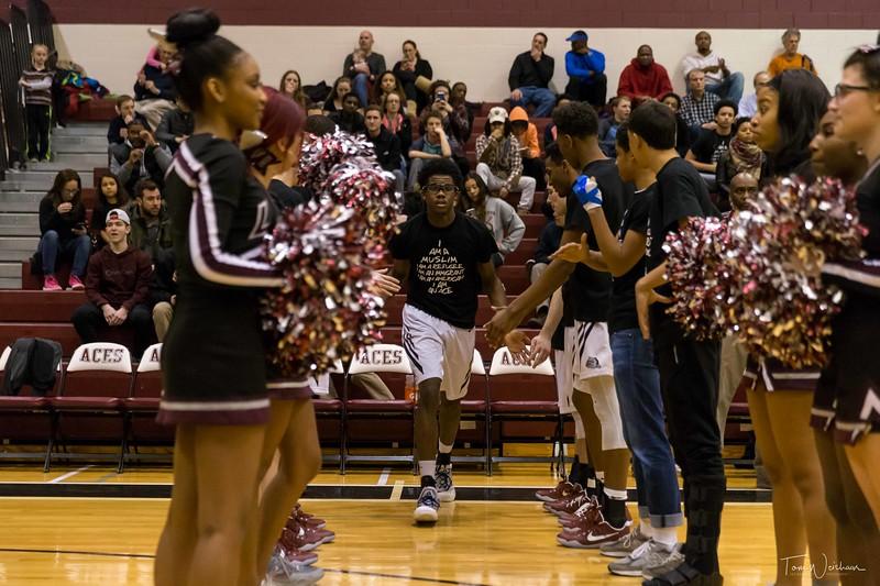 LMHS_boys_Basketball_vs_CBS-7.jpg