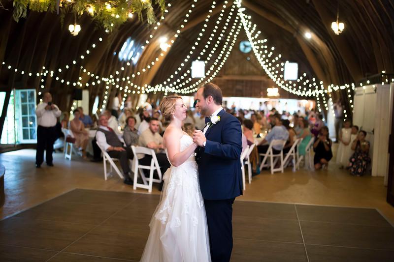 Garrett & Lisa Wedding (569).jpg
