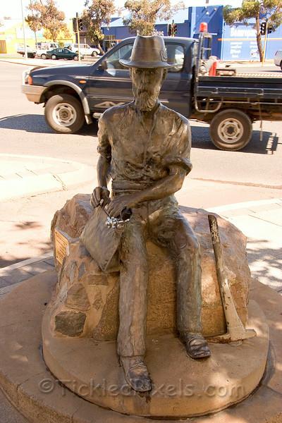Paddy Hannan Memorial Fountain