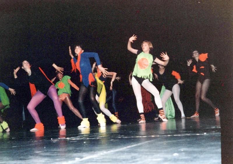 Dance_2041_a.jpg