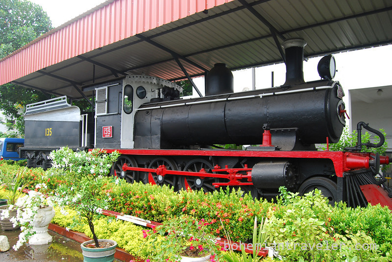 old locamotive at Colombo Fort.jpg