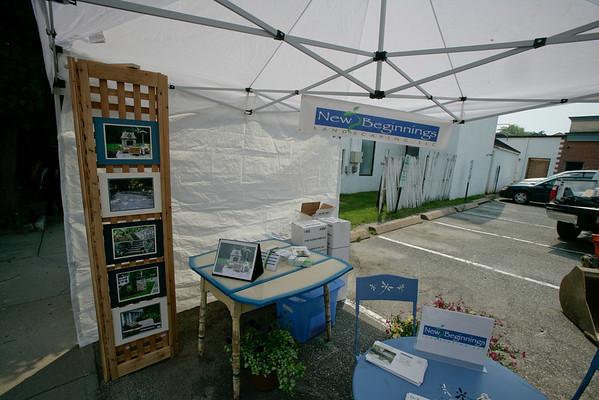Ridgefield Ct. Sidewalk Sales 7-19-08