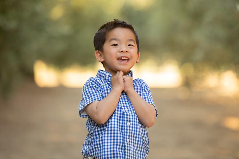 Nguyen Family-17.jpg
