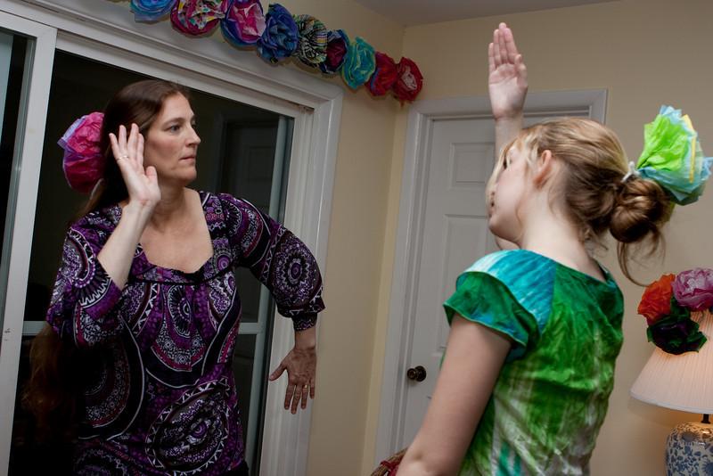 Lisa and Claudia dancing.