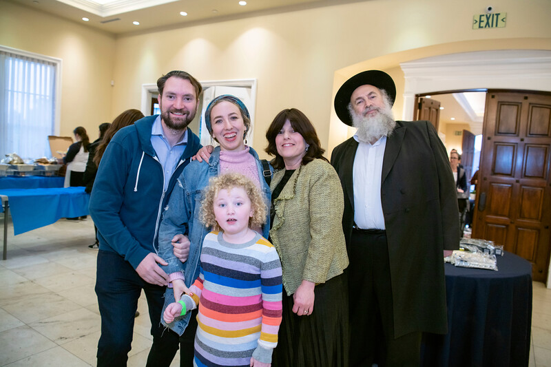 Brentwood Chabad -Chanukah078.jpg