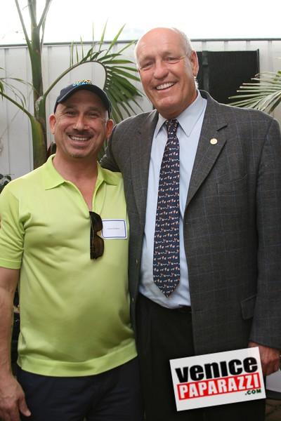0. Daniel Samakow and Bill Rosendahl.JPG