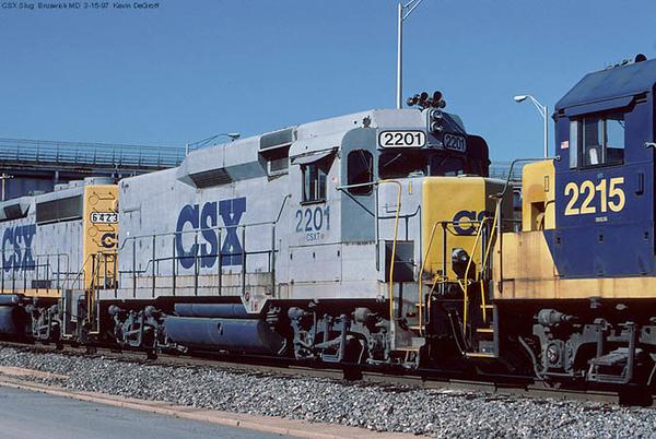 CSX6423-2201.jpg