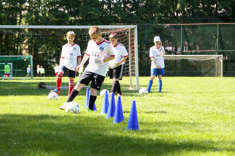 hsv_fussballschule-304_48047994778_o.jpg