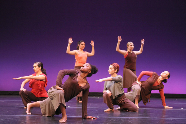 20111130 Canvas In Motion: Emerging Choreographers Showcase