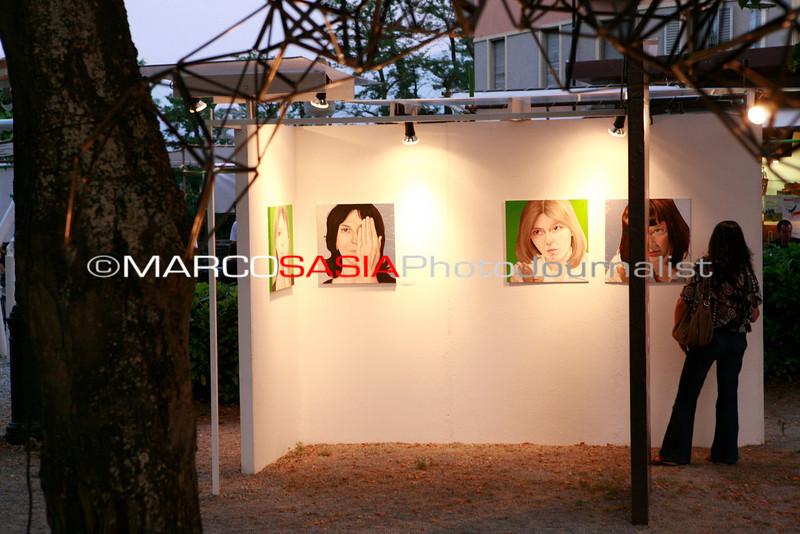 0052-ZooArt-03-2012.jpg