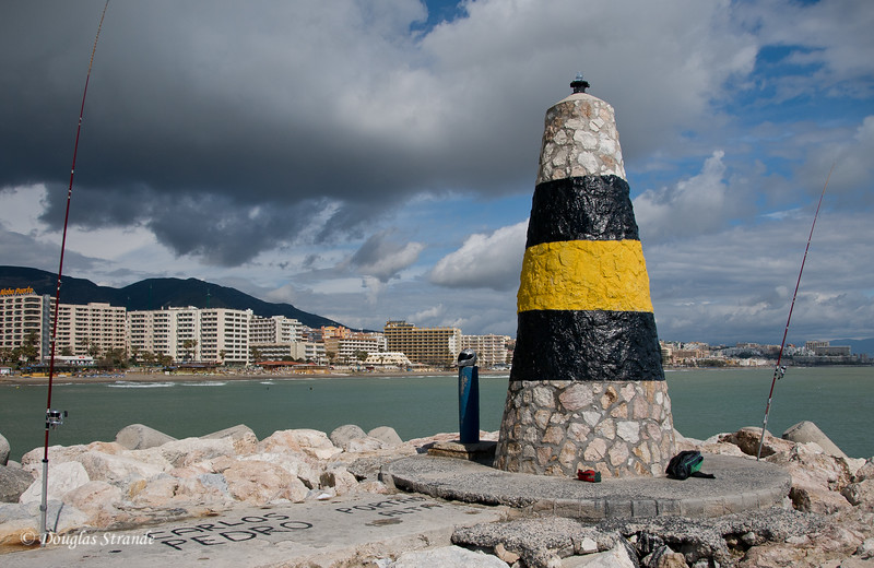 Sat 3/12 in Torremolinos (Costa del Sol): Lighthouse on the jetty