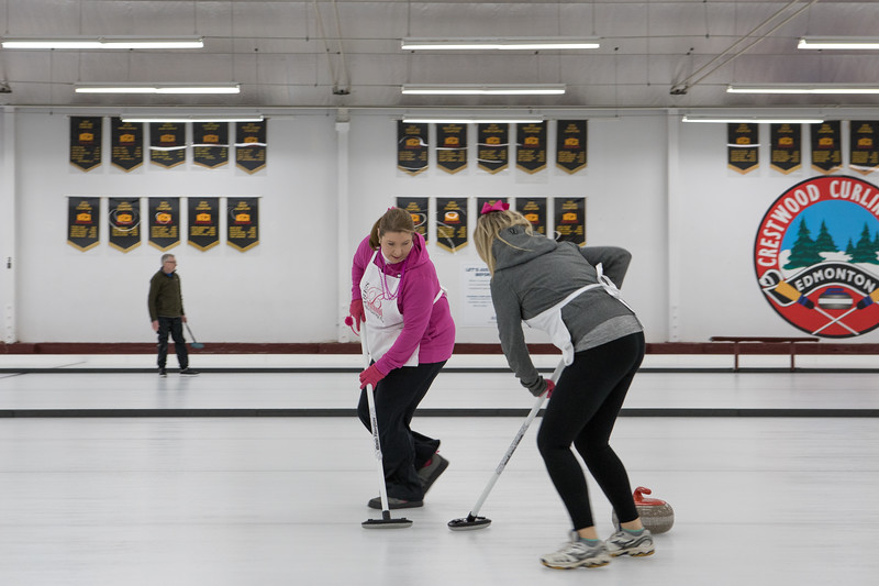 20200223-Nixx Photography Curling for Canines High Res-66.jpg