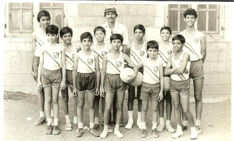 Volley Ball School Team.jpg
